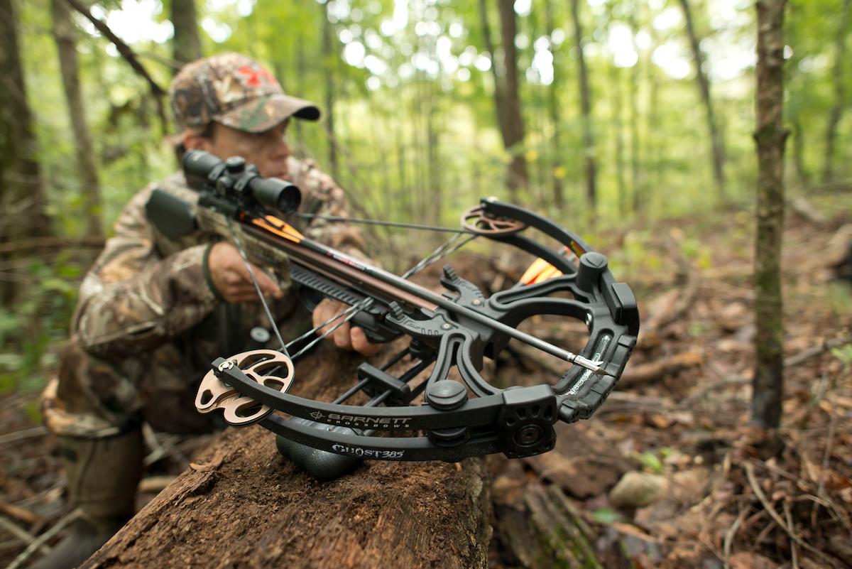 best rangefinder for crossbow hunting-2